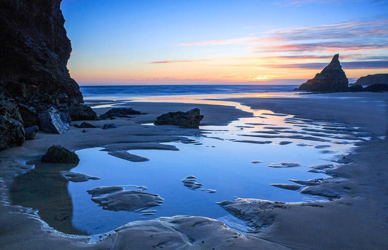 Gold Award - Bedruthan Beach Scene photographed by Chris Stone
