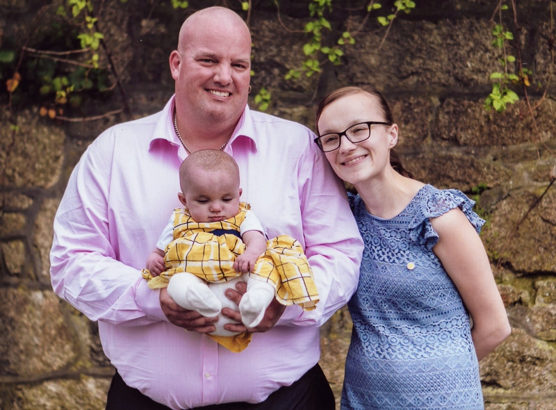Elsie & Parents photographed by Kelvin Pyke
