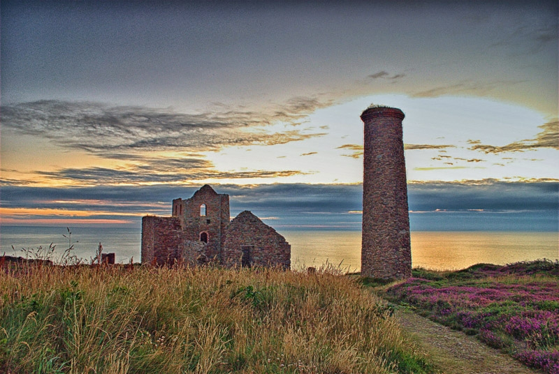 Sunset at Wheal Coates photographed by Peter Newbery